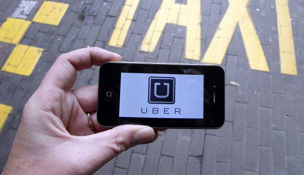 Mentre tassisti (e teppisti) devastano Roma, Uber è sempre più utilizzato