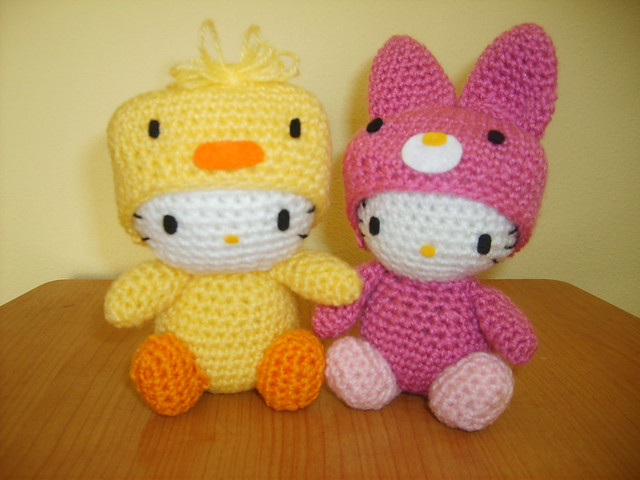 Crochet Chicken Hello Kitty & Rabbit Hello Kitty amigurumi ...