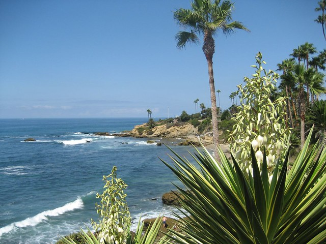 Laguna Beach, Orange County by CC user gocardusa on Flickr