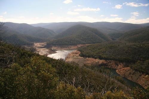 mountains geotagged dam australia nsw kosciuszkonationalpark auspctagged greatdividingrange cabramurra pc2629 tumutponddam snowymountainhydroscheme