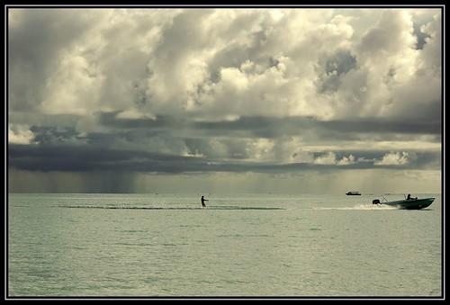 storm clouds d50 amazing surf nuvole mare shots mauritius soe supershot instantfave scinautico amazingshots diamondclassphotographer flickrdiamond megashot