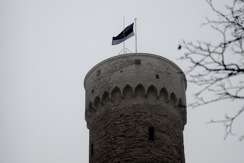 autumn tallinn estonia cloudy flag mercedesbenz hermann pikk tompea