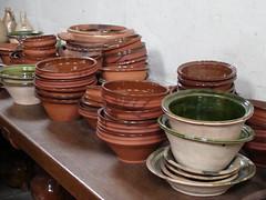 potter's wheel(0.0), produce(0.0), food(0.0), art(1.0), clay(1.0), pottery(1.0), ceramic(1.0),
