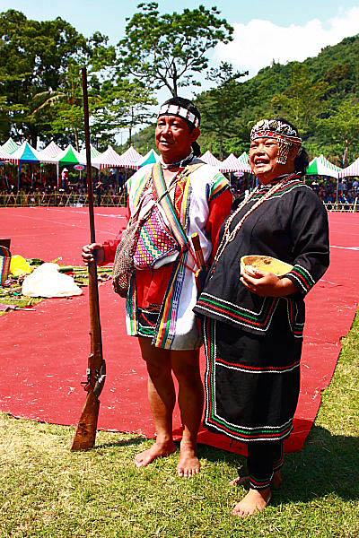 1U06布農族射耳祭-傳統服飾