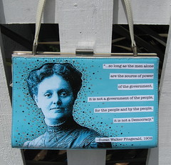 Suffrage purse, back by pennylrichardsca (now at ipernity)