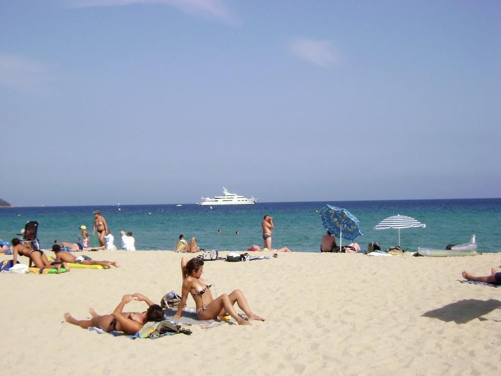 Plage De Pampelonne Pampelonne Beach Saint Tropez Www Flickr