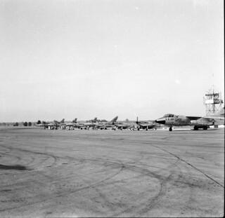 Visitors to RAAF Richmond April 1958