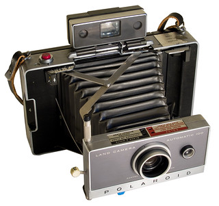 Polaroid Land Camera 100 (three-quarter view)