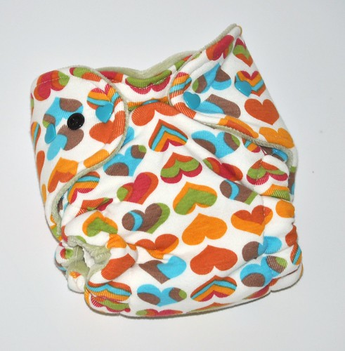 Bumstoppers Newborn Hybrid Fitted Rainbow Hearts