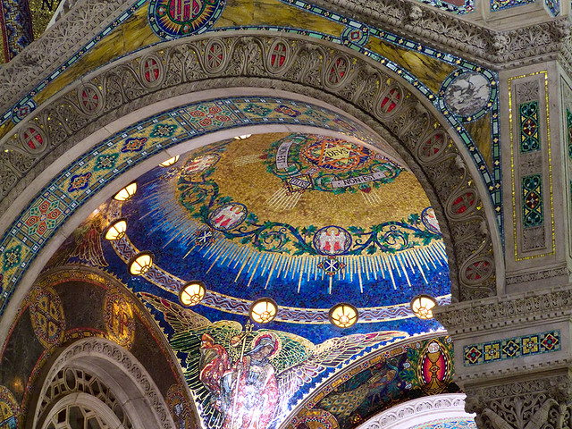 Cathedral Basilica of Saint Louis, in Saint Louis, Missouri - baldachino detail.jpg
