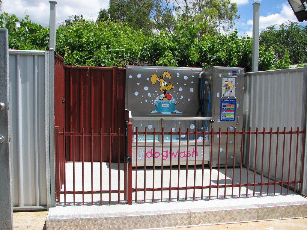 Tmcpetvendings most interesting flickr photos picssr k9000 dog wash small town australia solutioingenieria Images
