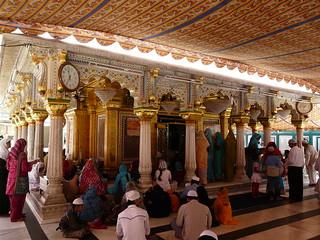 Image of Nizamuddin Dargah. delhi nizamuddin nizamuddinsdargah