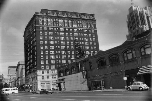 Marina Building - August 1977.jpg
