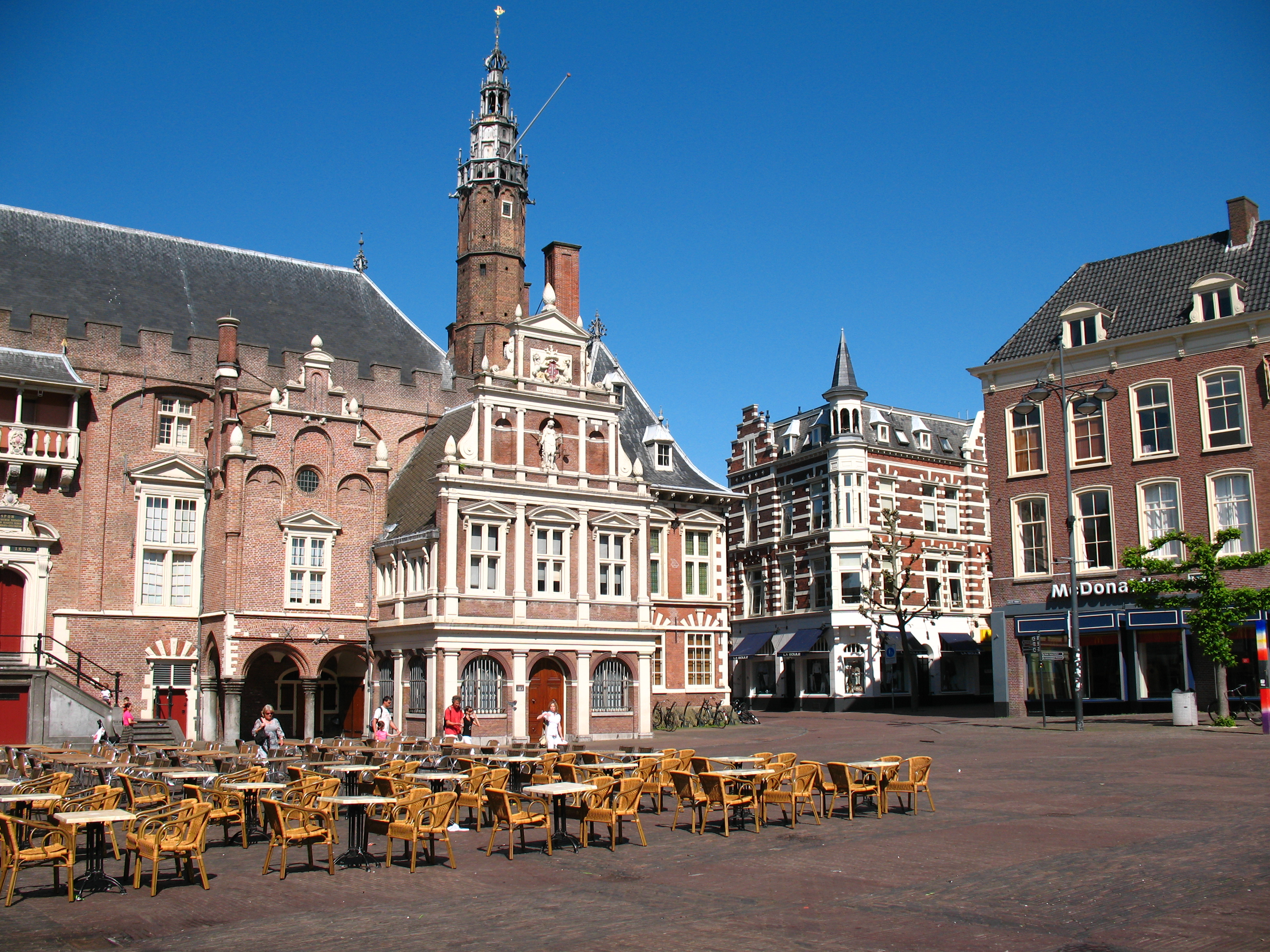 Check out all the fun things to see at haarlem the for Fun places to go in the city