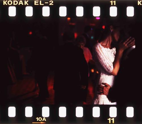 wedding photographers edward olive - wedding dancefloor 2am by Edward Olive Fotografo de boda Madrid Barcelona