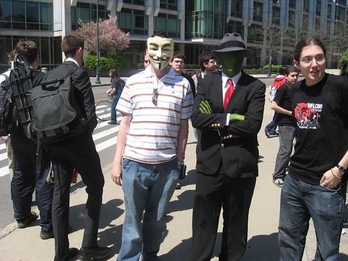 Anonymous desmiente que vaya a atacar Facebook