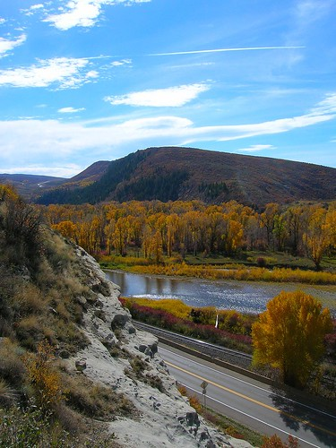 mountains colorado steamboatsprings turningleaves yampariver