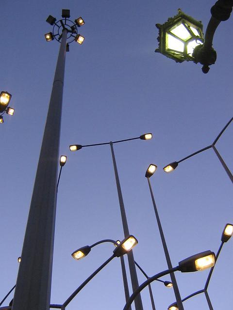 Iluminaci n y arte demasiada luz bilbao diciembre 2010 - Iluminacion bilbao ...