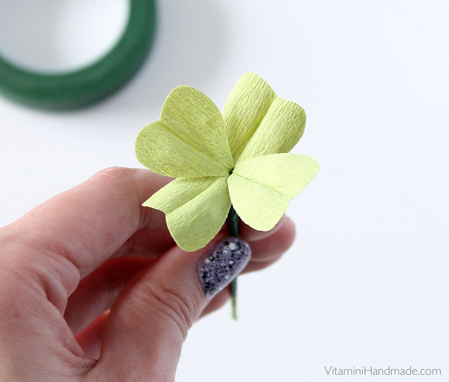 DIY St. Patrick's Day Corsage