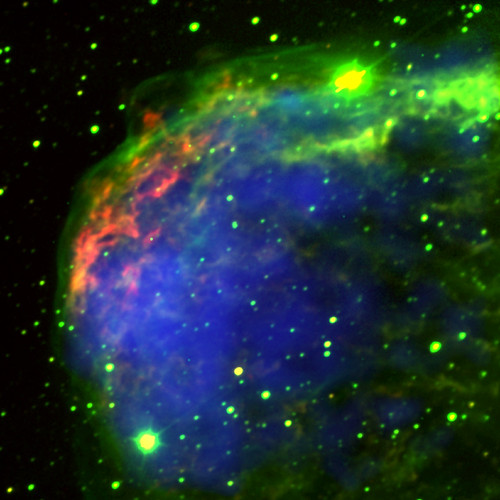 Crescent Nebula: Live Fast, Die Young (NASA, Chandra, 10/14/03)