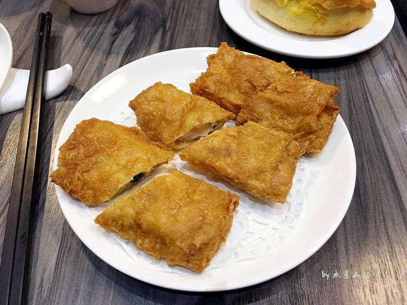 32737511212 e0ff0f36f3 b - 寶達港式茶餐廳│由香港師傅掌廚,最推會爆漿的黃金流沙包、冰熱鹹甜的冰火菠蘿包