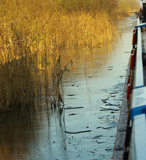 Crest Narrowboats - Short Break C Boat Holiday Hire Fees