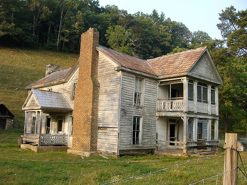 Abandoned Farm houses for Sale http://www.flickr.com/photos/domestic_bliss/2189928121/