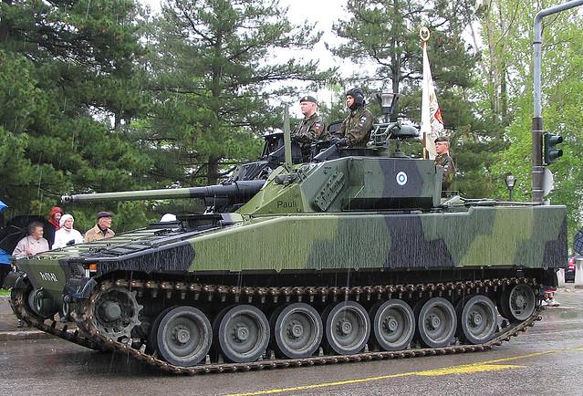 Rynnäkköpanssarivaunu CV9030