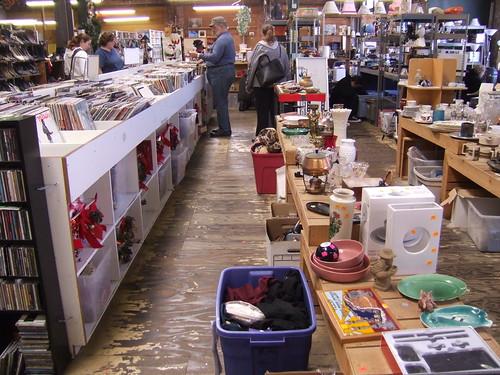 Community Thrift Store (i)