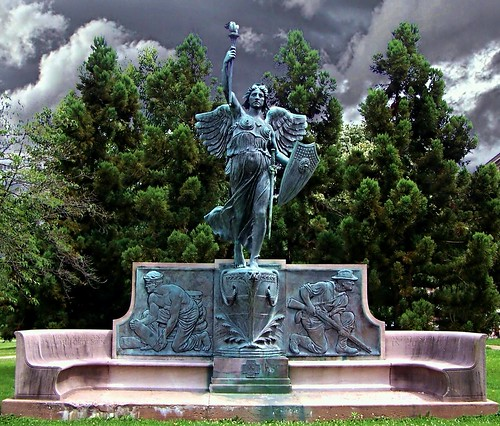"park sunset sky statue bronze memorial war connecticut ct historic spanish american historical hartford bushnell ""new england"" onasill"
