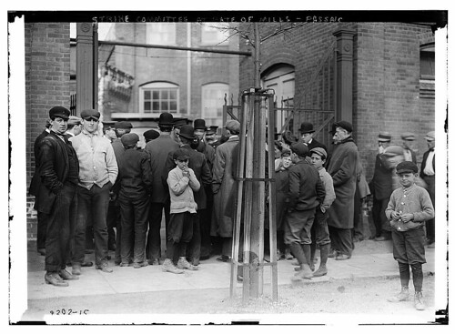 Strike committee at Gate of Mills - Passaic  (LOC)
