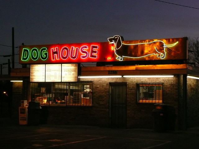 Albuquerque nm dog house hot dogs at night flickr for Dog house albuquerque