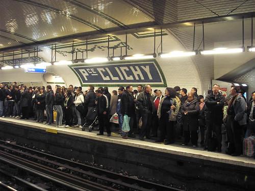 Quai bondé sur la ligne 13 à Place de Clichy (23 février 2008)