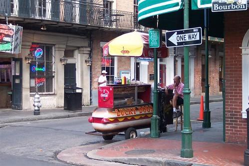 Las calles están siempre llenas de puestos de comida, música, ... hay ambiente. Nueva Orleans, ¿French o ... Spanish Quarter? - 2989602372 937c14bc07 - Nueva Orleans, ¿French o … Spanish Quarter?