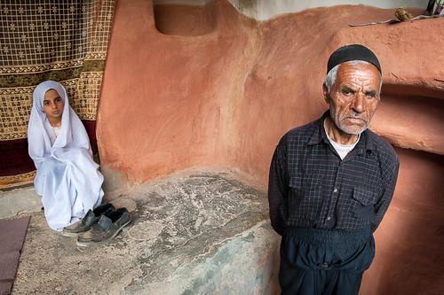 home rural persian village veil iran islam religion persia modesty iranian chaharmahalandbakhtiariprovince