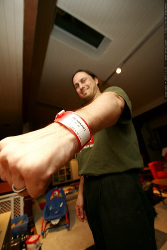 lifealert emergency response bracelet    MG 6471