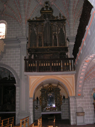 Organo y Capilla de la Virgen de la Soledad