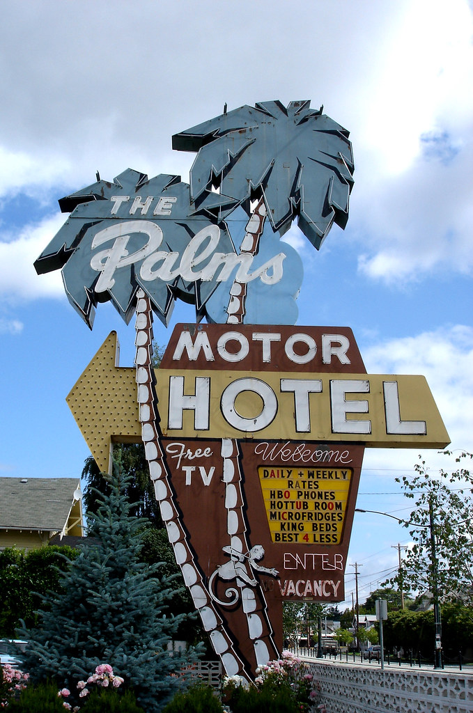 The Palms Motor Hotel - 3801 North Interstate Avenue, Portland, Oregon U.S.A. - June 19, 2006