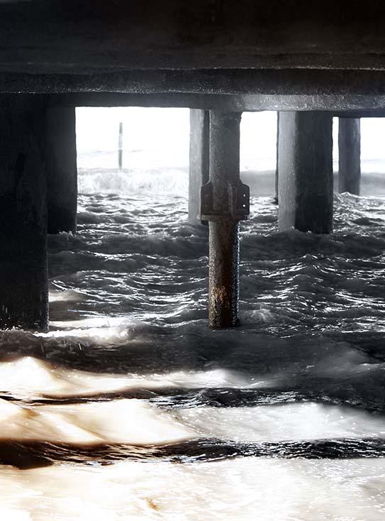 Photography - South Pier Light by Nicholas M Vivian