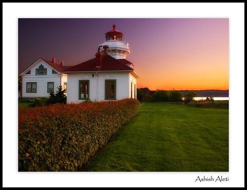 seattle travel light sunset sky house grass canon landscape evening washington dusk lawn tourist clear sound olympics puget whidbey bestofflickr mukilteo topqualityimagesonly