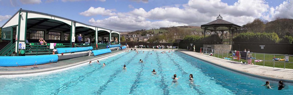 Hathersage open air heated swimming pool 1936 a photo - Hathersage open air swimming pool ...