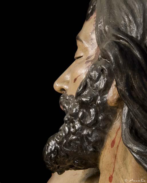 Primer plano del Cristo Descendido de la Cofradía del Descendimiento