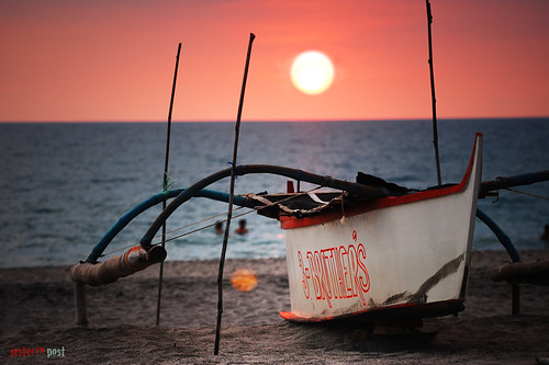 sunset sea sky sun color beach nature water clouds photography boat search sand nikon philippines nikkor fishingboat dx pl zambales d40 modeoftransport inspiredbylove meansoftransport sannarciso 70300f456 teampilipinas cropsensor spiritofphotography sabinabeachresort grouptripod jesteralcaraz frozenjester