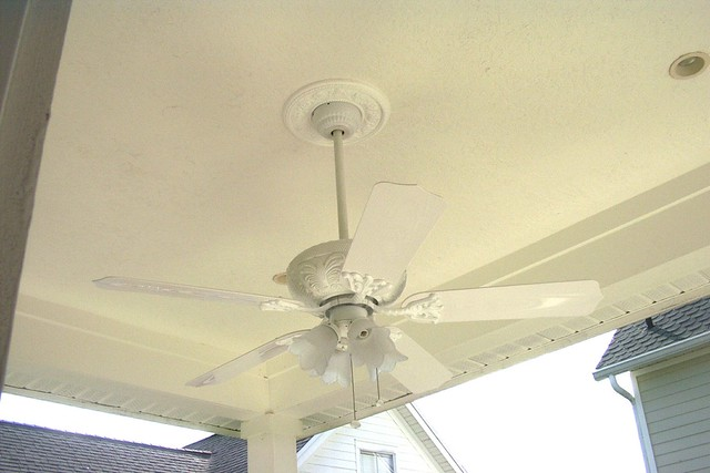 EXTERIOR CEILING FANS Ceiling Systems