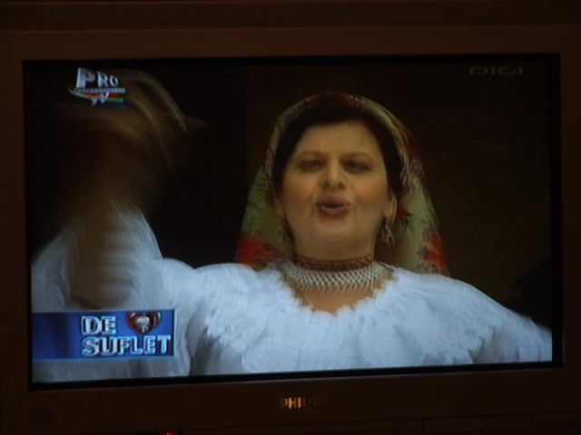 Romanian MTV - folk stylee