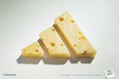 dessert(0.0), yellow(1.0), food(1.0), dairy product(1.0), cheddar cheese(1.0),
