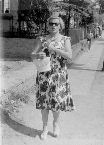 Frau Fritz Wasserman