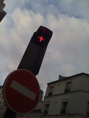 Parisian traffic light curiosity