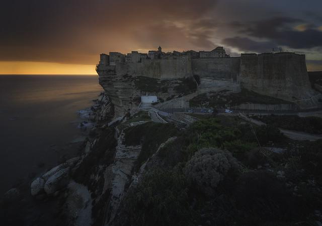 La beauté fortifiée (Bonifacio, Corsica)