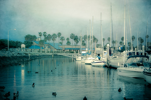chulavistacalifornia marina sailboats sunrise notmuchsun aqua ducks reflections bayfrontpark 545am accordingtotheclocktower blueberriescream yummy california pixelmama explore